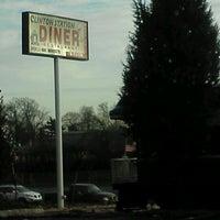 12/30/2011 tarihinde Christopher L.ziyaretçi tarafından Clinton Station Diner'de çekilen fotoğraf