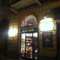 Foto scattata a Al Bicerin da Andrea P. il 12/26/2011