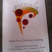 8/5/2011 tarihinde Lady Reaperziyaretçi tarafından Paula & Monica's Pizzeria'de çekilen fotoğraf