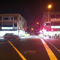 Photo taken at Hiap Seng Hup Kee Coffee Shop by MOTLEY G. on 1/16/2012