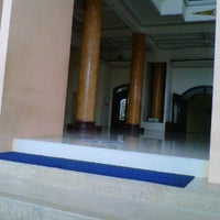 Photo taken at Masjid Jami' Baiturrohim Rogojampi by Danyoe G. on 12/3/2011