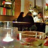 Foto tomada en Contenedor por Manuel M. el 12/23/2011