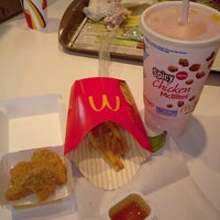 Photo taken at McDonald's by Marycruz G. on 6/24/2012