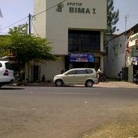 Photo taken at Apotik Bima 1 by Teguhwin b. on 8/16/2012