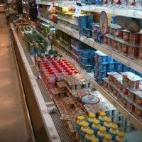 Foto tomada en Unimarc por Ro R. el 8/13/2012