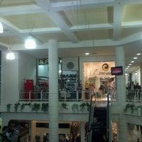 Foto tirada no(a) Shopping Avenida 28 por Demétrio M. em 8/19/2012
