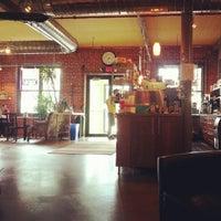 Снимок сделан в The Coffee Loft пользователем is it vegan? 8/31/2012