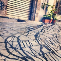 Foto tirada no(a) Piazza Vincenzo Bellini por Yuanhao L. em 8/16/2012