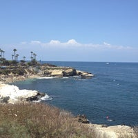 Photo taken at La Jolla Cove by Yuncheng P. on 8/3/2012