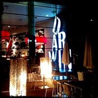 Foto tirada no(a) Darwin's Café por Artur R. em 5/24/2012