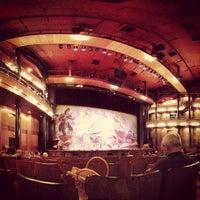 Foto tirada no(a) Teatro Alfa por Ronaldo B. em 5/13/2012