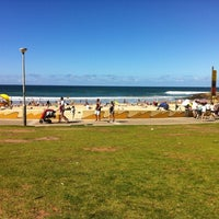 Photo taken at South Cronulla Beach by Diogo P. on 4/6/2012