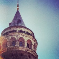 Photo prise au Tour de Galata par ♛erdem t. le8/25/2012