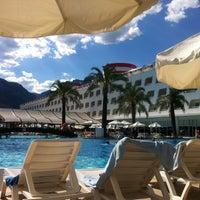 Photo taken at Queen Elizabeth Elite Suite Hotel by Dogukan B. on 7/4/2012