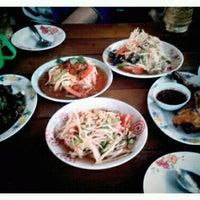Photo taken at อีสานตำนัว by แม้ว ห. on 3/20/2012