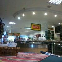 Foto tirada no(a) Posto Shop Conveniência por Bruno M. em 8/15/2012