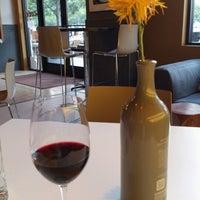 Das Foto wurde bei Cork Wine Bar von Joel G. am 7/13/2012 aufgenommen