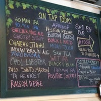 Photo taken at Dogfish Head Brewings & Eats by Scot E. on 7/4/2012