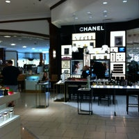 Photo taken at Saks Fifth Avenue by Lee E. on 4/7/2012