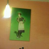 Photo taken at Shawarma Los Shyris by Carlos A. on 4/27/2012