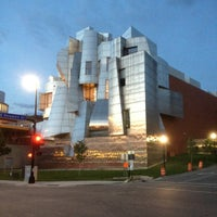 Photo taken at Frederick R. Weisman Art Museum by Joe H. on 8/19/2012