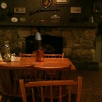 Photo taken at Cracker Barrel Old Country Store by leon t. on 8/11/2012