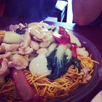 Photo taken at Fat Wong's Kitchen 靚粥一世 by Sandy T. on 8/27/2012