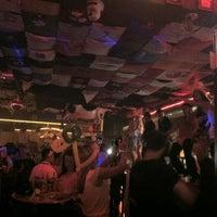 Das Foto wurde bei Carlos'n Charlie's von JL J. am 3/22/2012 aufgenommen