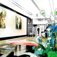 Photo taken at Fraser Suites Sukhumvit, Bangkok by Ekkarat R. on 6/12/2012