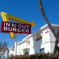 Photo taken at In-N-Out Burger by Yuki B. on 2/24/2012