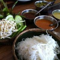 Photo taken at Nern Khum Thong Restuarant by MZWN on 8/26/2012