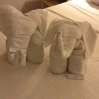 Photo taken at BEST WESTERN Tarobá Hotel e Eventos by Jennifer K. on 4/17/2012