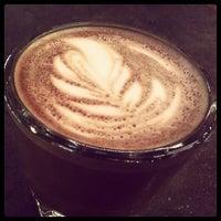 Das Foto wurde bei Filter Coffeehouse & Espresso Bar von Joshua am 6/7/2012 aufgenommen