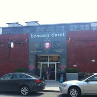 Photo taken at Beacon's Closet by Byungha K. on 7/8/2012