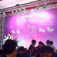 Photo taken at Cung Văn Hóa Hữu Nghị Hà Nội (Cultural Palace) by Punnie 토. on 3/24/2012