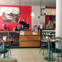 Photo taken at Café Emir by Hamath G. on 3/8/2013