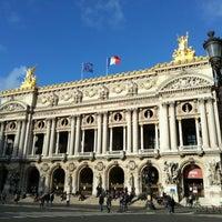 Foto tirada no(a) Place de l'Opéra por Soomin K. em 1/1/2013