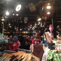 Photo taken at Cracker Barrel Old Country Store by Robbie R. on 9/29/2012