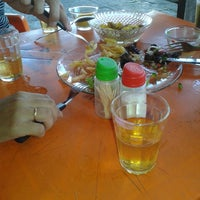 Photo taken at Hellp bar by Lelê . on 3/14/2015