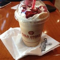 Photo taken at Cold Stone Creamery by Diankathrine T. on 5/26/2013