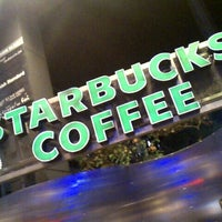 Photo taken at Starbucks by yoshi_rin on 11/4/2012