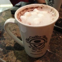 Photo taken at The Coffee Bean & Tea Leaf by Jesse C. on 4/13/2013