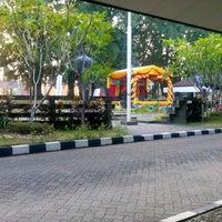 Photo taken at Fakultas Hukum by Beladenta A. on 10/24/2014