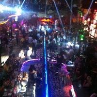 6/8/2013 tarihinde Alpziyaretçi tarafından Havana Club'de çekilen fotoğraf
