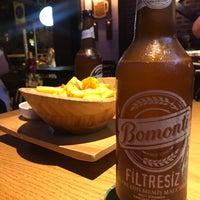 Foto tirada no(a) Küfelik Pub & Bistro por Berrin em 8/31/2018