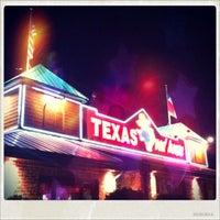 Photo taken at Texas Roadhouse by Alexia S. on 9/14/2013