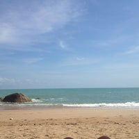 Photo taken at Chaweng Noi Beach by Brook F. on 12/28/2012