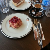 10/6/2013 tarihinde Emine S.ziyaretçi tarafından Gloria Jean's Coffees'de çekilen fotoğraf