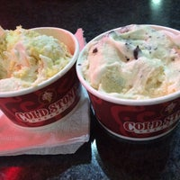 Photo taken at Cold Stone Creamery by Yeisha H. on 2/17/2015