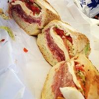 5/10/2013にJon S.がFaicco's Italian Specialtiesで撮った写真